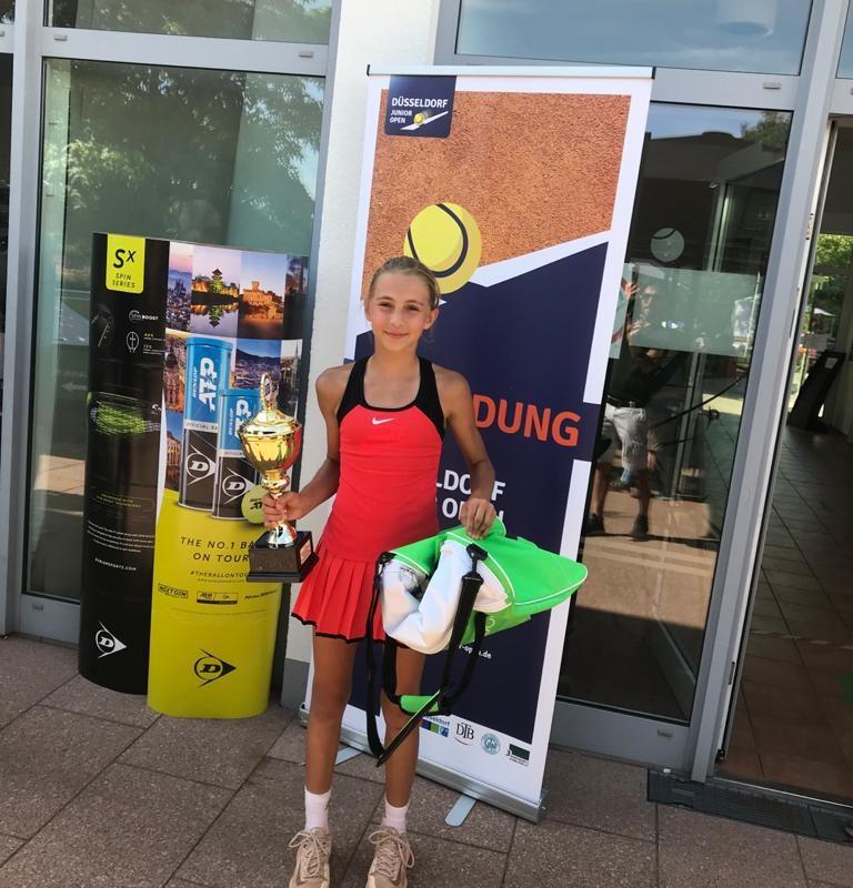 Leticia wird Zweite bei den Düsseldorf Junior Open